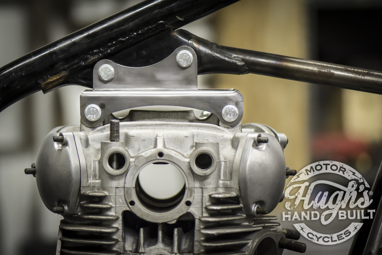 Upper motor mounts hugh 39 s handbuilt yamaha xs650 forum for Sportster solid motor mounts